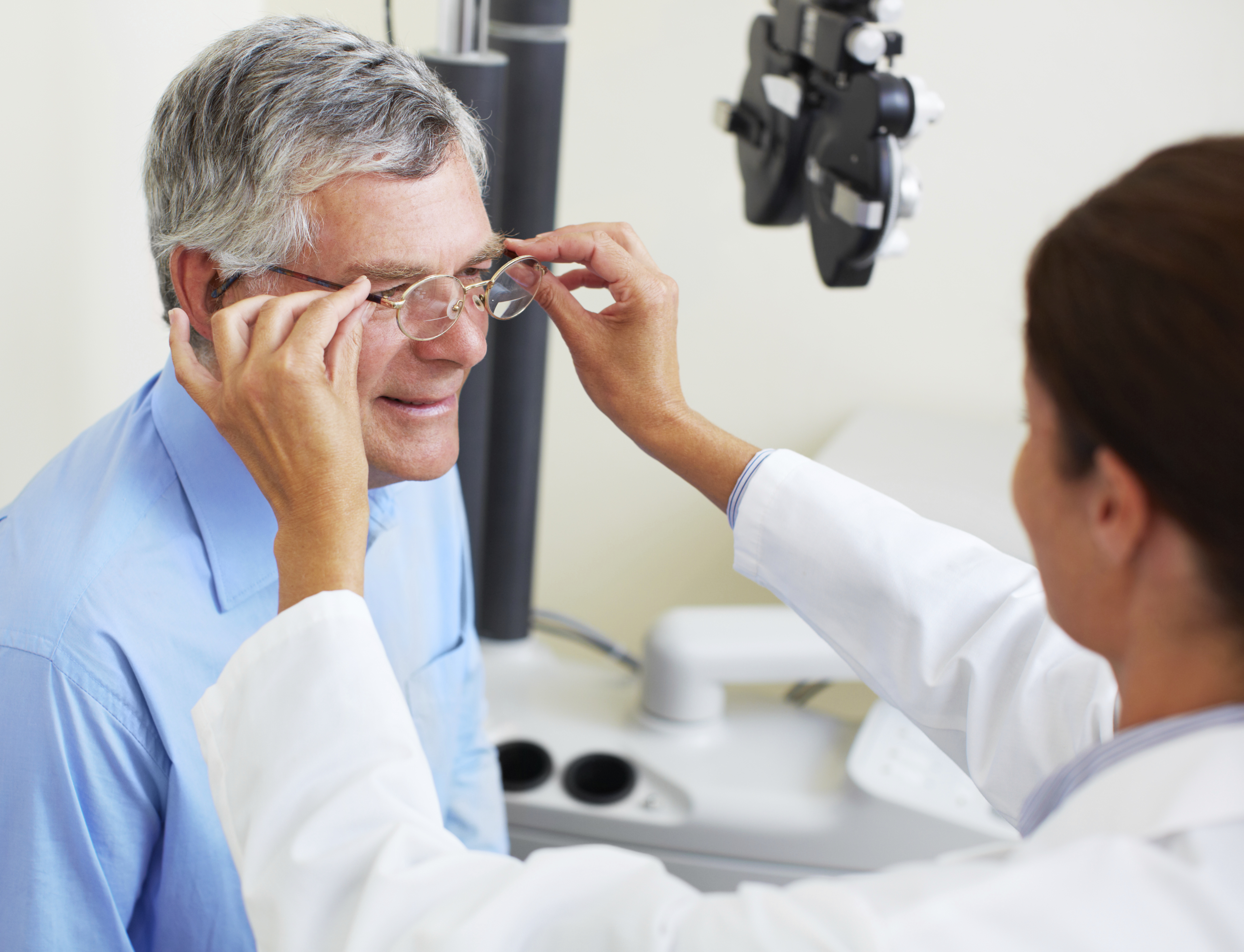 The Ophthalmic Assistant – Ophthalmologist Assistant
